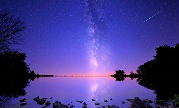 Мироздание - Великое проявление Абсолюта, став едиными с ним, мы приблизимся к Богу